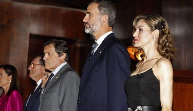 perfiles italiano besando en Oviedo