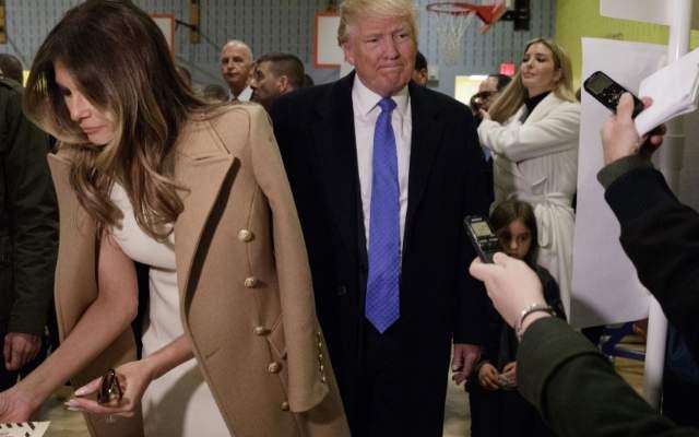 Brigitte De Macron Trump Las Y Manos Va Quiere Le Se Ser Melania rrwZzqIx