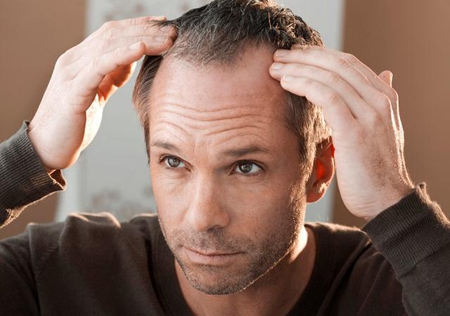 Sanar el cabello por los aceites tanto como por que