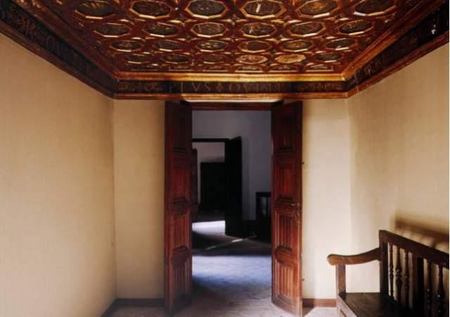 habitaciones-emperador-Alhambra-1.jpg