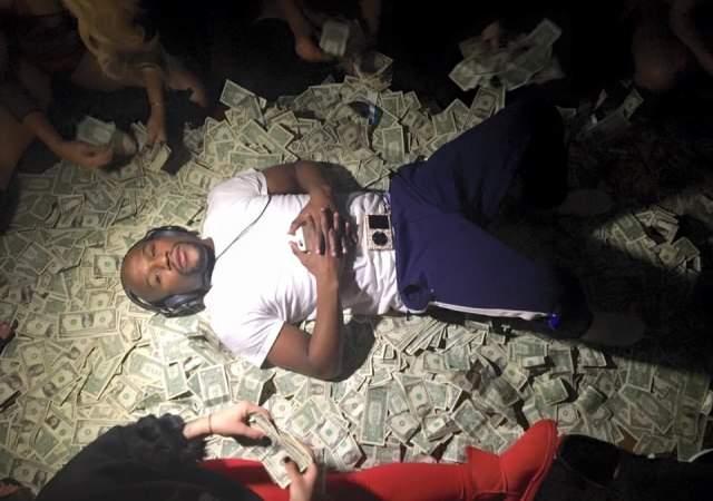 Mayweather: 100 millones y vuelve