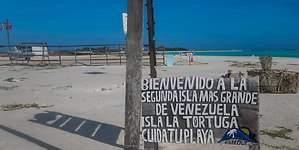Punta Delgada, un paraíso convertido en basurero pese al compromiso de Nicolás Maduro