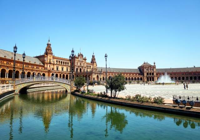 La plaza de espa a de sevilla segundo mejor destino for Destinos turisticos espana