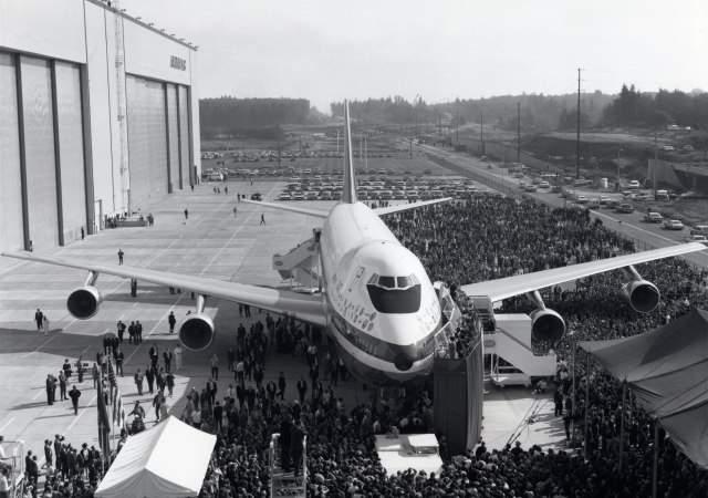 boeing-747-bloomberg-1.jpg