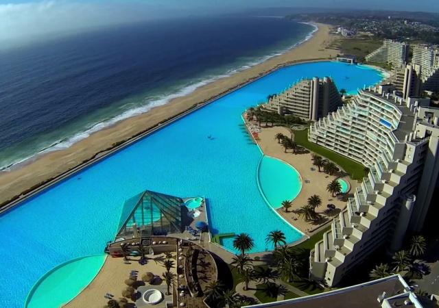 La piscina m s grande del mundo for Piscina mas grande del mundo chile