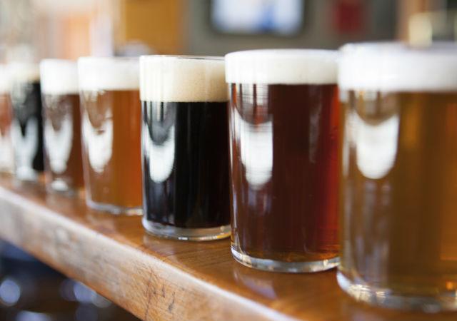 ¿Dónde se vende la cerveza más cara? - 640x450