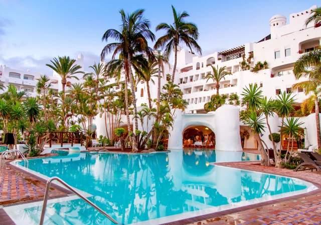Hotel jard n tropical un renovado para so en tenerife for Hotel jardin tropical tenerife sur