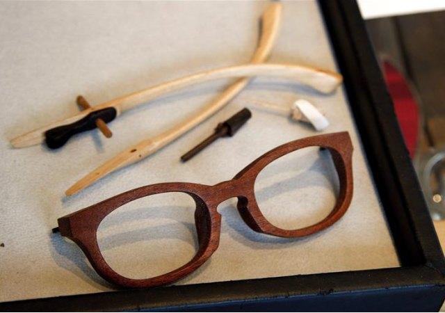 Monturas de madera, una exclusiva joya de la óptica japonesa ...