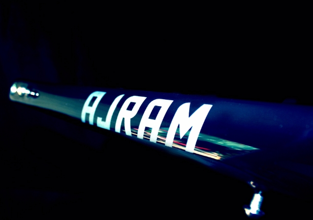 /imag/_v0/640x450/9/3/1/ajram-bike2.jpg