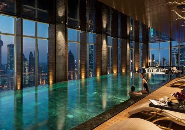 Las 10 mejores piscinas de hotel del mundo for Follando en la piscina del hotel