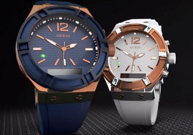 La Inteligente Relojes También Por Los Apuestan Guess Tecnología qSpUzVMG