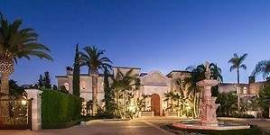Una mansión de lujo en Beverly Hills a la venta por 129 millones de dólares