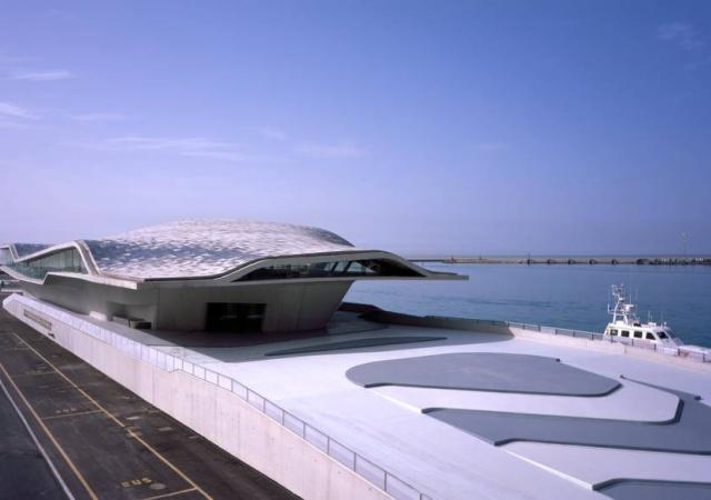 Puerto para ferris de Zaha Hadid
