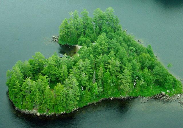Una isla en forma de corazón