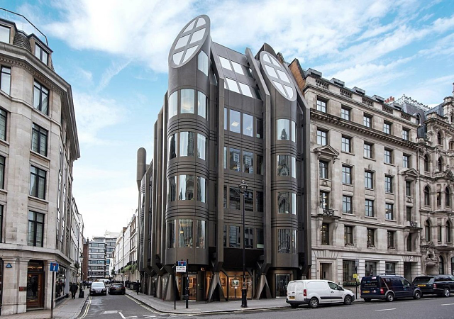 A la venta este lujoso apartamento con terraza en el - Apartamentos lujo londres ...