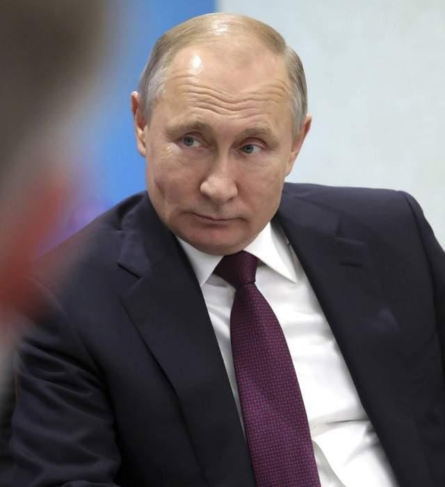 Vladimir Putin Cumple 68 Anos Rodeado De Misterio La Madre De Sus Presuntos Gemelos Desaparecida Informalia Es