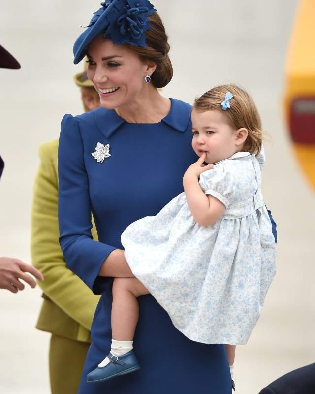 ab504a851 El Príncipe George y su hermana