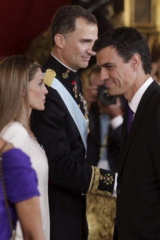 SUEGRO PEDRO SANCHEZ SAUNAS GAY