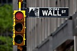 Los nervios ponen en rojo Wall St.: el Dow cae el 1,66%