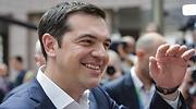 tsipras-alexis-saludo-26junio.jpg
