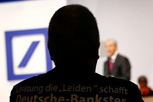 Quieren hundir al Deutsche Bank