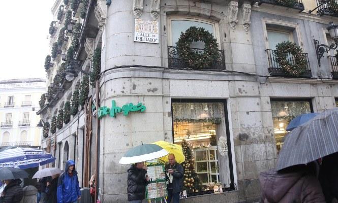 4d7c6684ecd LLegan las rebajas anticipadas  El fondo Thor compra a El Corte Inglés otro  edificio en la Puerta del Sol
