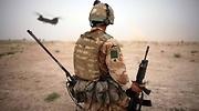 soldado-britanico-helicoptero.jpg