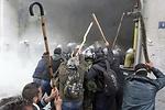 Miles de griegos apoyan la protesta de los agricultores