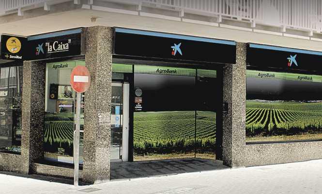 Caixabank potencia las oficinas 39 agro 39 y capta for Buscador oficinas la caixa