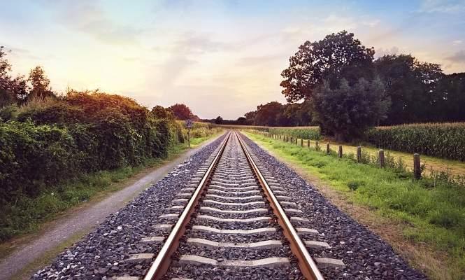 OHL, ACS y Acciona pujan por tren ligero de Ontario valorado en 860 millones