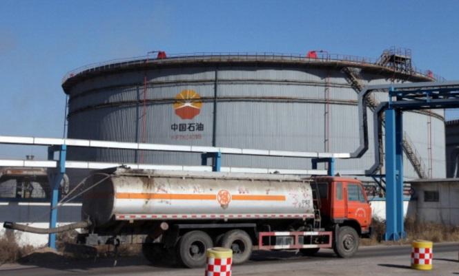 china-petroleo-almacena.jpg