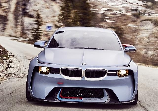 BMW 2002 Hommage: la deportividad celebra sus Bodas de Oro