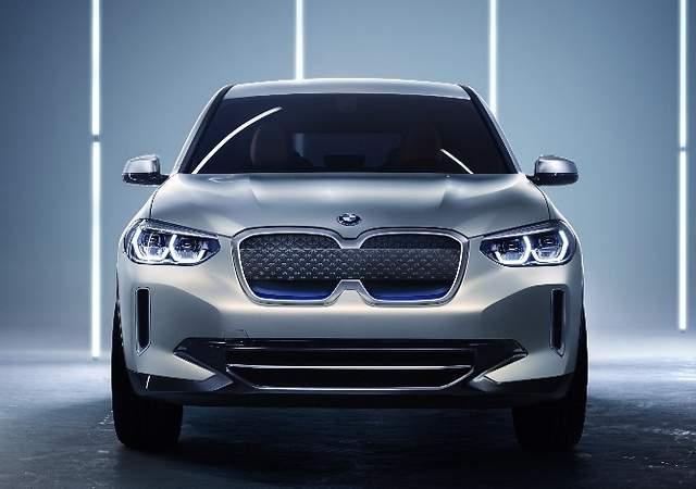 BMW iX3 concept, el anticipo del primer SUV eléctrico de la marca: 400 km de autonomía y recargas en 30 minutos