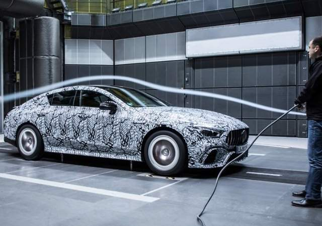 Mercedes-AMG GT4: las primeras imágenes de la nueva berlina