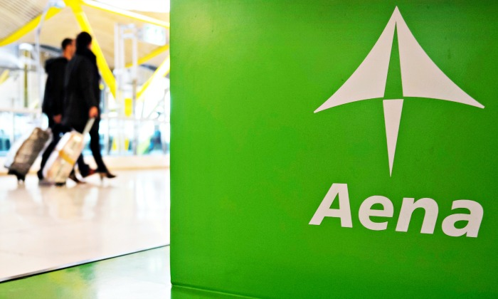 Aena ingresará 2.300 millones en cinco años con las tiendas y los restaurantes