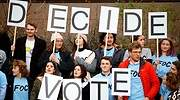 Un tsunami de jóvenes apuntándose para votar sacude la campaña electoral británica