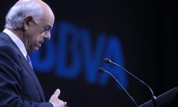 González (BBVA) cree que la banca debe mejorar de forma drástica su eficiencia y productividad