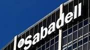 Sabadell afronta la ruptura con BBVA con la peor recomendación de la banca