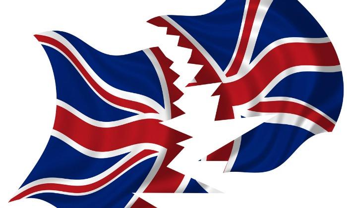 reino-unido-bandera-rota.jpg