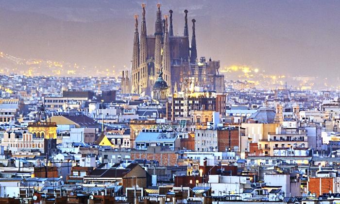 Ada colau prorroga un a o m s la moratoria de hoteles en for Hoteles familiares en barcelona ciudad