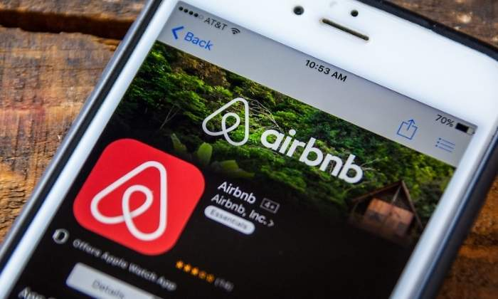 700x420_airbnb-logo-movil-dreamstime.jpg
