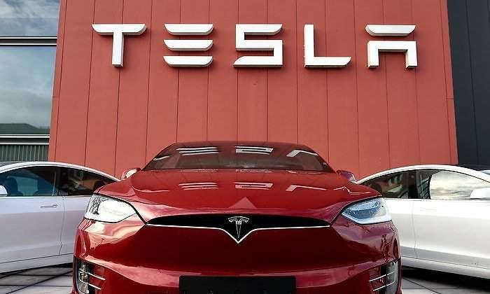 700x420_Tesla.jpg