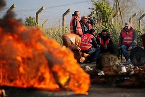Un país quemado por las huelgas