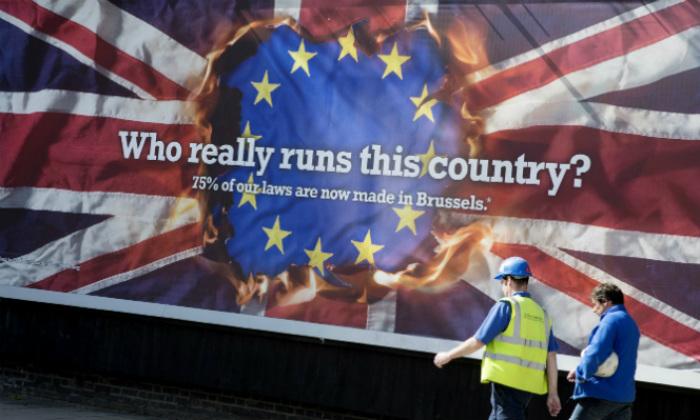 brexit-bandera-anuncio-700420.jpg