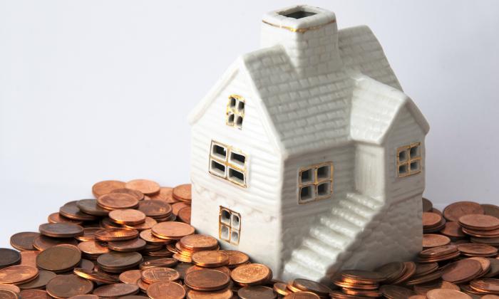 Los españoles destinan ya un 25,3% de su sueldo al pago de la vivienda, un 0,6% más que en 2015