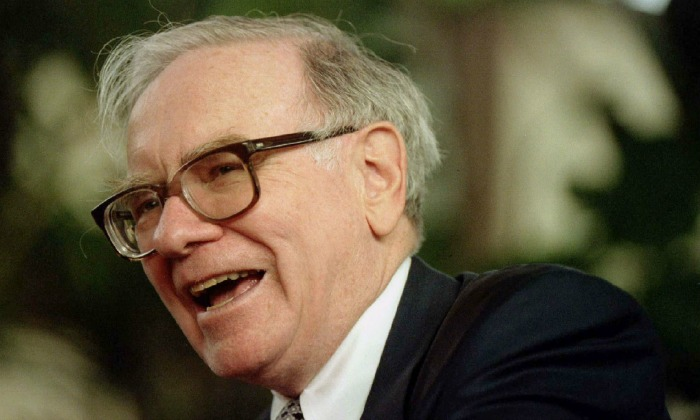 warren-buffett-1997-reuters.jpg