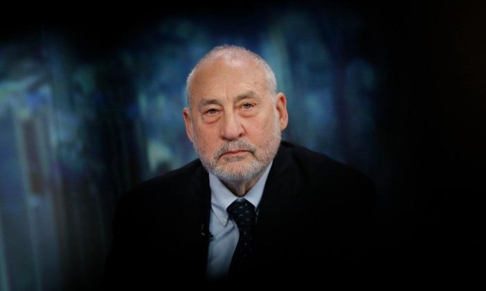 """Stiglitz: """"Es bonito crear una burbuja bursátil si tienes un montón de acciones"""""""