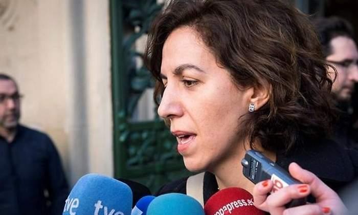 El PP cree que Irene Lozano escribió el libro de Sánchez a cambio de un cargo público y 110.000 euros de sueldo