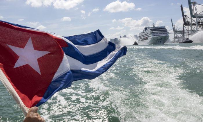 Zarpa el primer crucero entre Miami y Cuba en 50 años