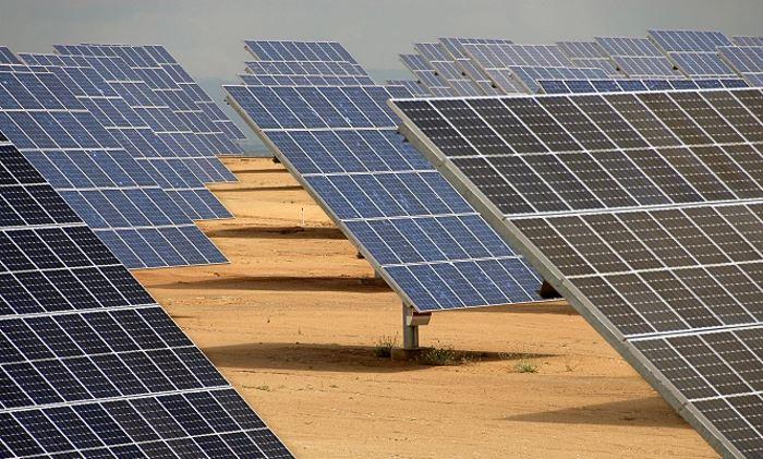 solar-energia-desierto-700.jpg